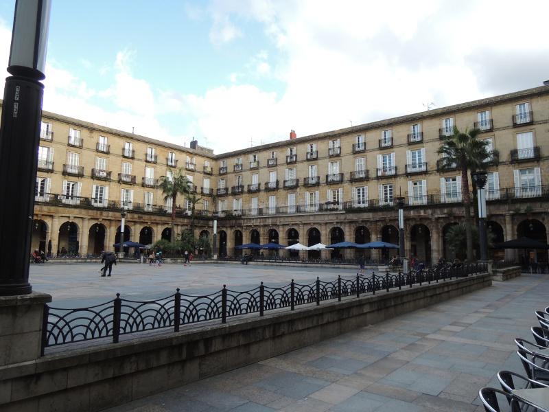 Umbauter Platz in Bilbao