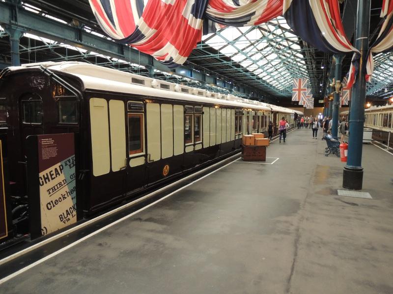 Wagen im National Railway Museum
