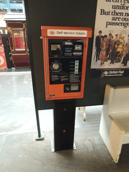 Fahrscheinautomat im National Railway Museum