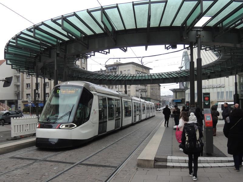 Straßburger Straßenbahn der neuesten Generation