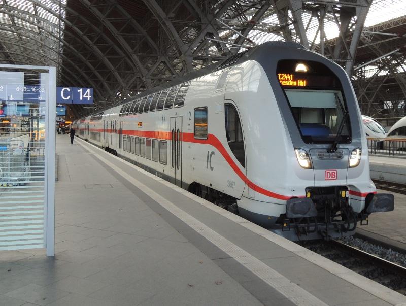 IC2-Steuerwagen in Leipzig Hbf