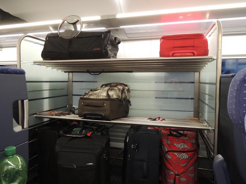 Gepäckregal im ICE 4