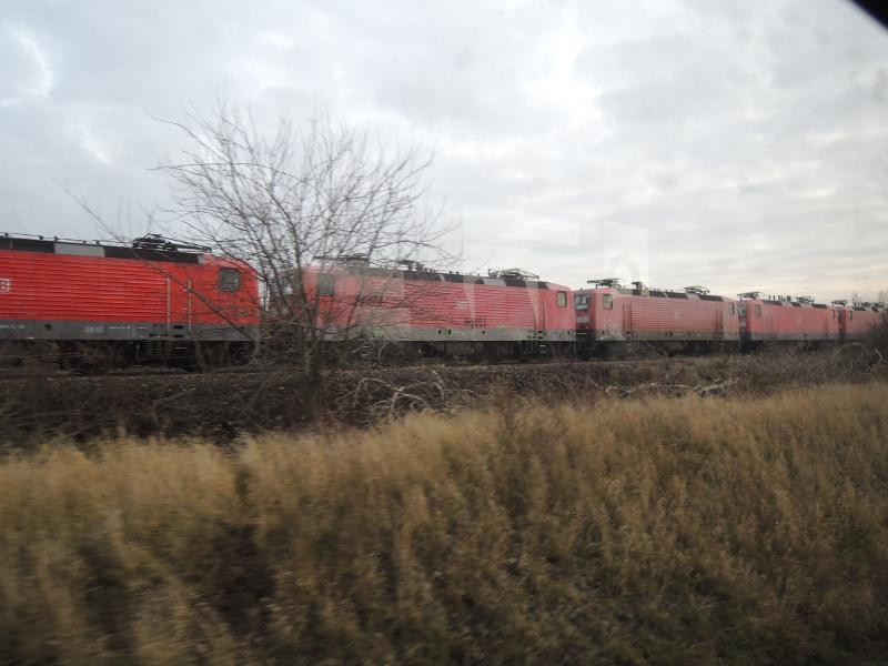 Abgestellte 143er bei Karsdorf
