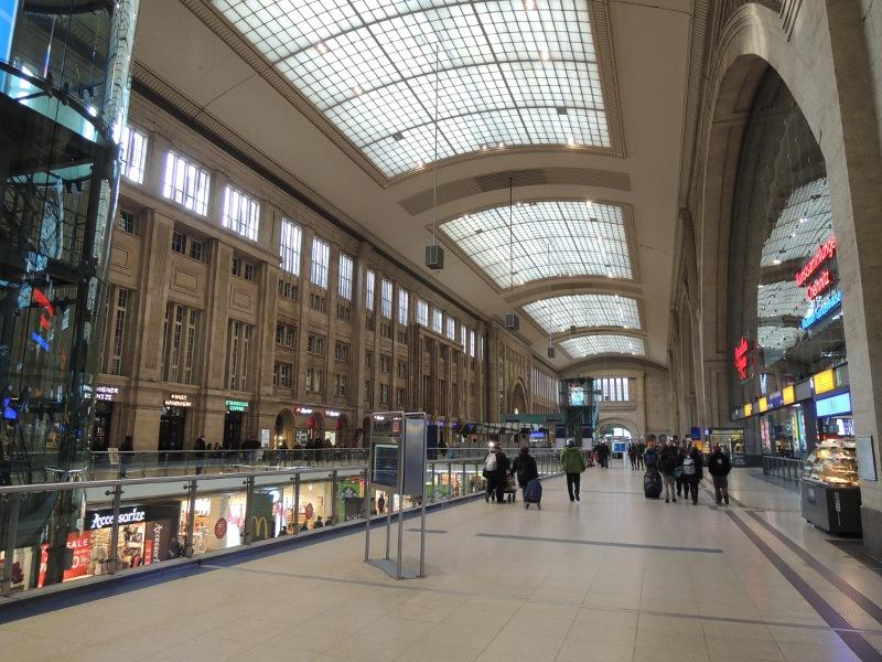 Querbahnsteig von Leipzig Hbf