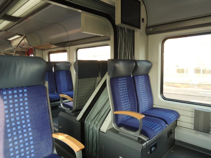 Sitze im redesignten 425 der S-Bahn Rhein-Neckar