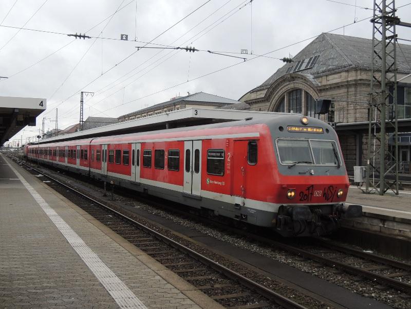 x-Steuerwagen auf der Nürnberger S2
