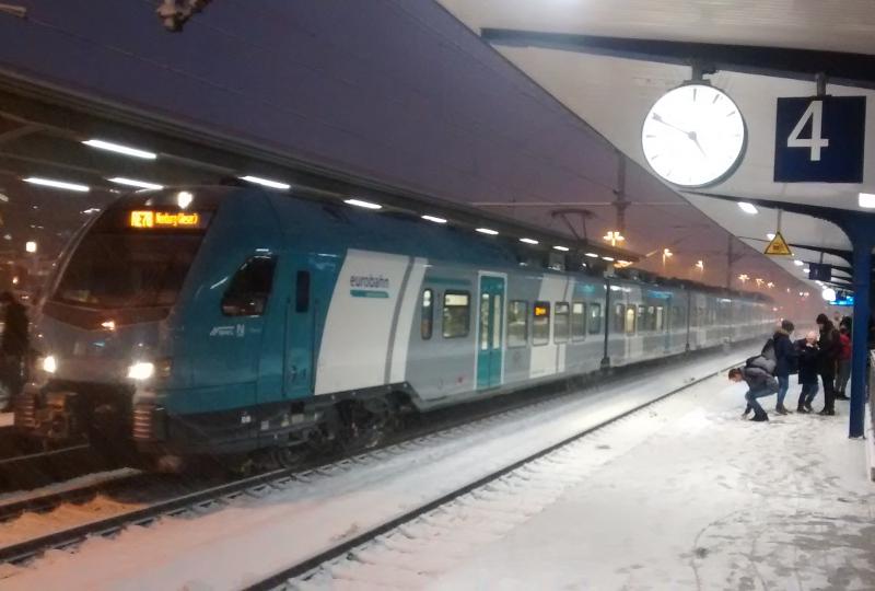 Flirt 3 der Eurobahn unterwegs zwischen Bielefeld und Nienburg
