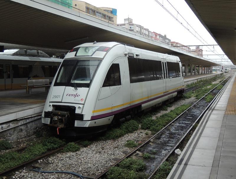 Feve-Triebwagen in Santander