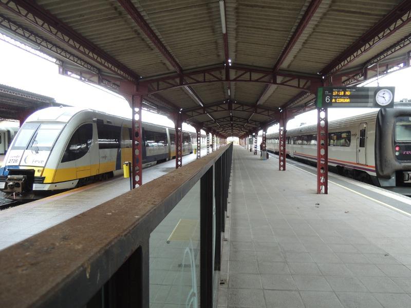 Schmal- und Breitspur im Bahnhof von Ferrol