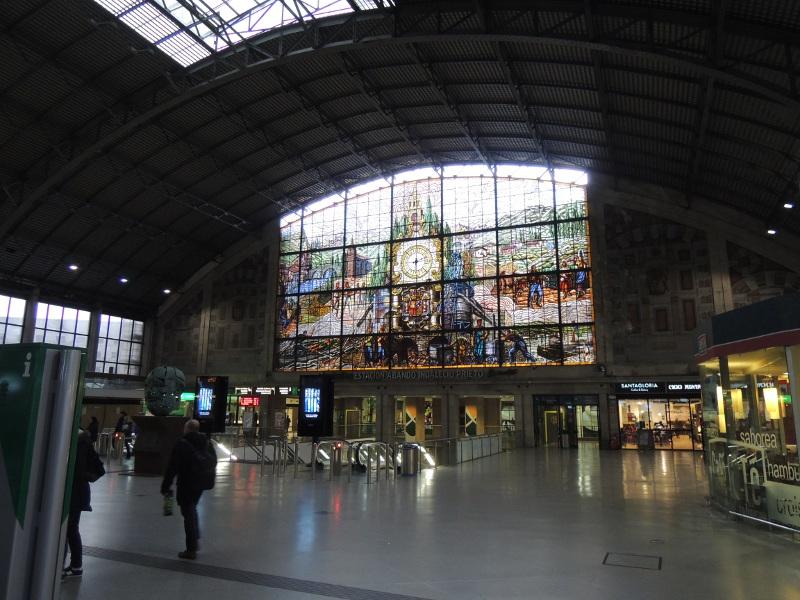 Renfe-Bahnhof Abando in Bilbao