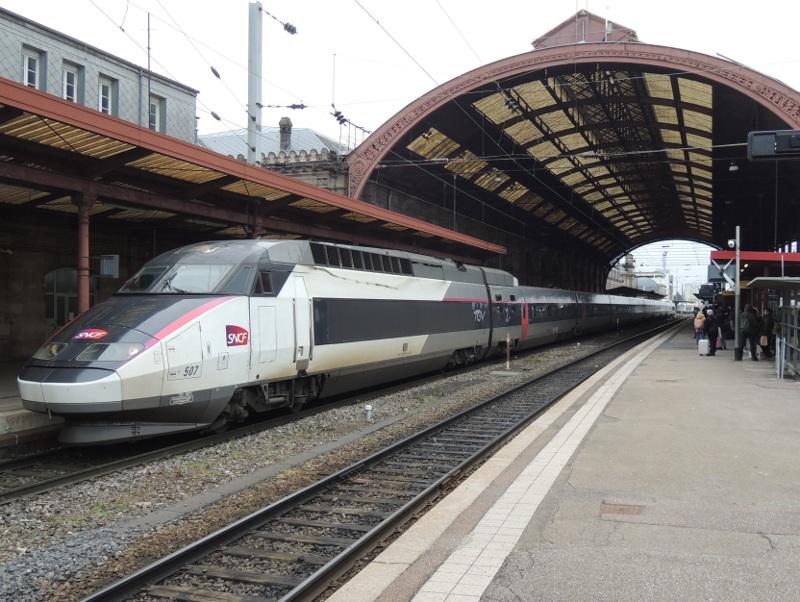 TGV Réseau in Carmillon-Lackierung