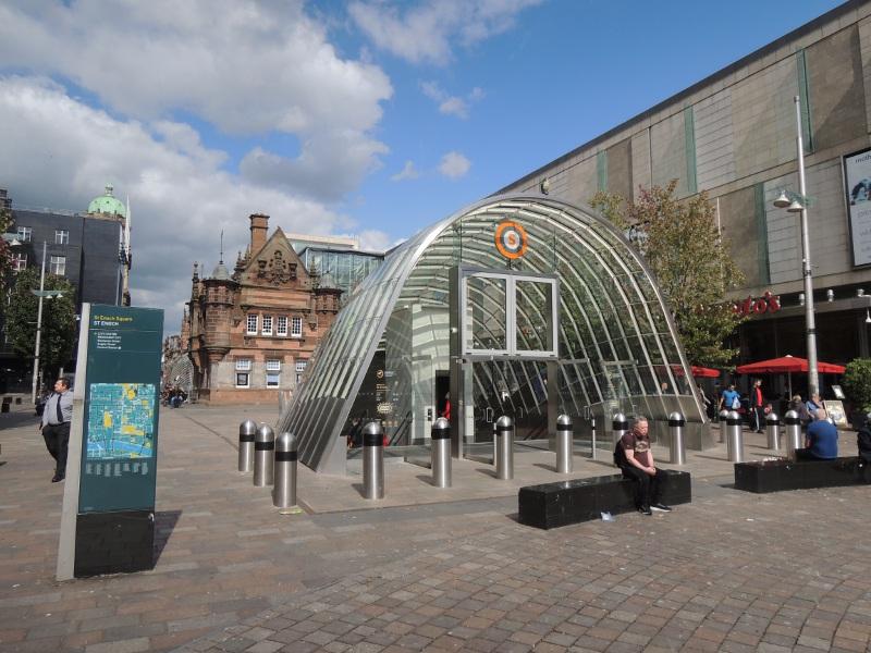 U-Bahn-Eingänge in St Enoch