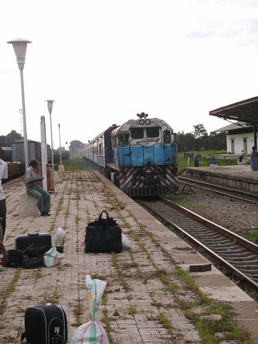 Zug in Tansania 1